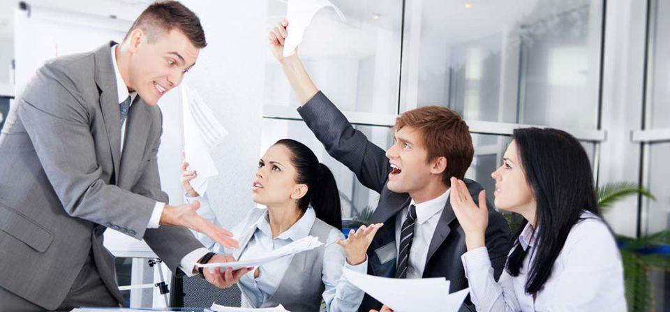 La stupidità funzionale blocca le aziende. Il conflitto le anima